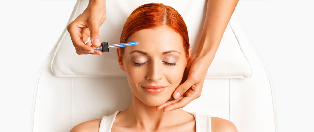 Ästhetisch-korrektive Maßnahmen für ein jugendliches Aussehen und eine schöne, gesunde Haut bei Ihrem Kosmetikinstitut und Hautzentrum Derma One in Wiesbaden.