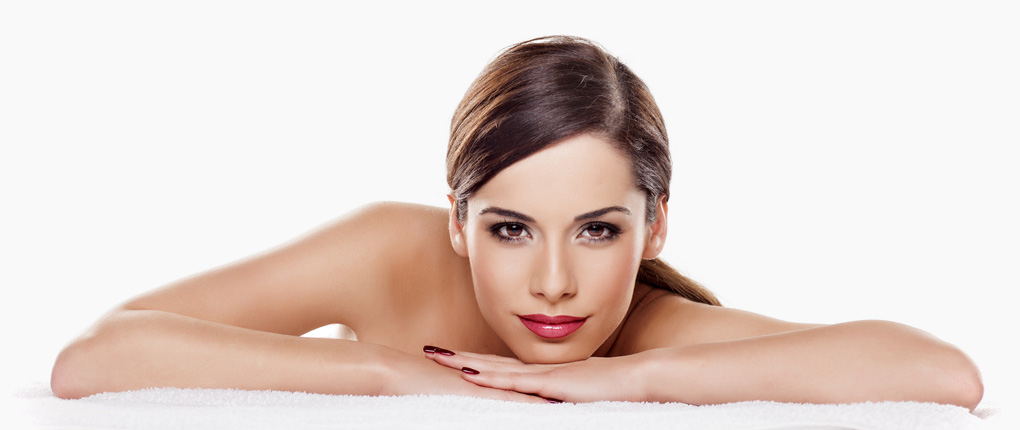 Derma One Hautzentrum in Wiesbaden. Ihr modernes Kosmetikinstitut für Hautverjüngung, Faltenbehandlung, Lasertherapie, Haarentfernung und ästhetisch-korrektive Maßnahmen für Ihr Wohlbefinden sowie die Schönheit und Gesundheit Ihrer Haut in der Wiesbadener Innenstadt.