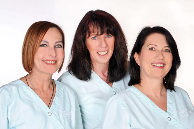 Die Mitarbeiter des DermaOne Hautzentrums in Wiesbaden freuen sich auf Ihren Besuch. Ihr Kosmetikinstitut in der Wiesbadener Innenstadt.