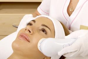 Hautpflege und medizinisch-kosmetische Behandlungen im Herzen von Wiesbaden bei Ihrem Kosmetikinstitut DermaOne.