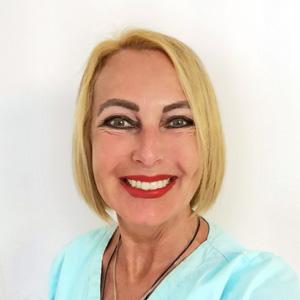 Heike Werther ist Mitarbeiterin im DermaOne Hautzentrum in Wiesbaden, Ihrem Kosmetikinstitut in der Wiesbadener Innenstadt. Frau Heike Werther leitet die kosmetische Abteilung.